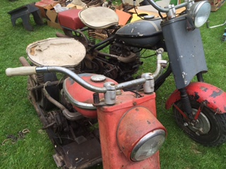 Cushman Scooter Amp Parts Wegner Auctioneers