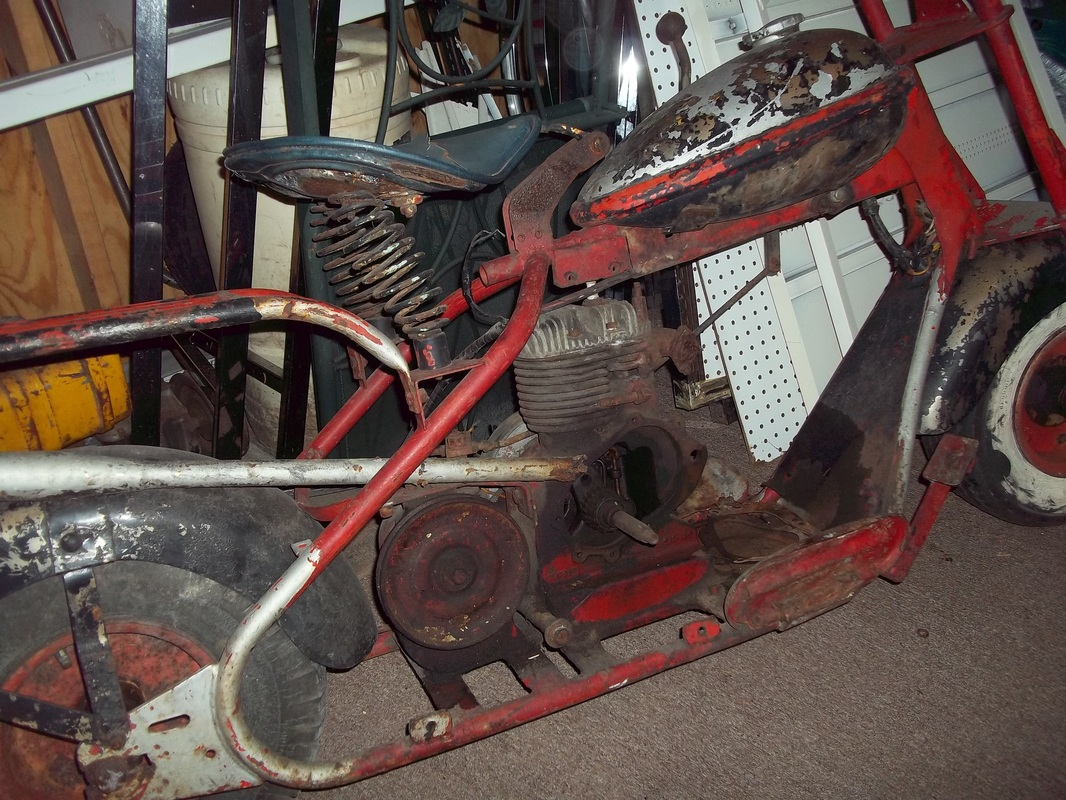 Cushman Scooter & Parts - Wegner Auctioneers on